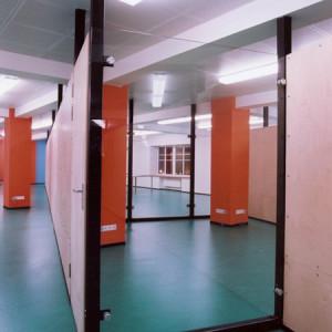 architektor-oleg-lapto-ofis-krasnie-kolonni-12