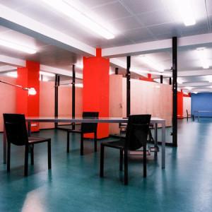 architektor-oleg-lapto-ofis-krasnie-kolonni-5
